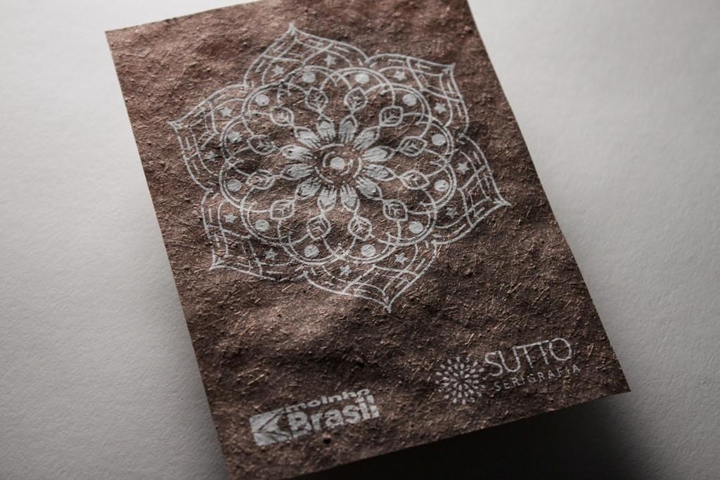Arte de Sutto Serigrafia em papel da Moinho Brasil