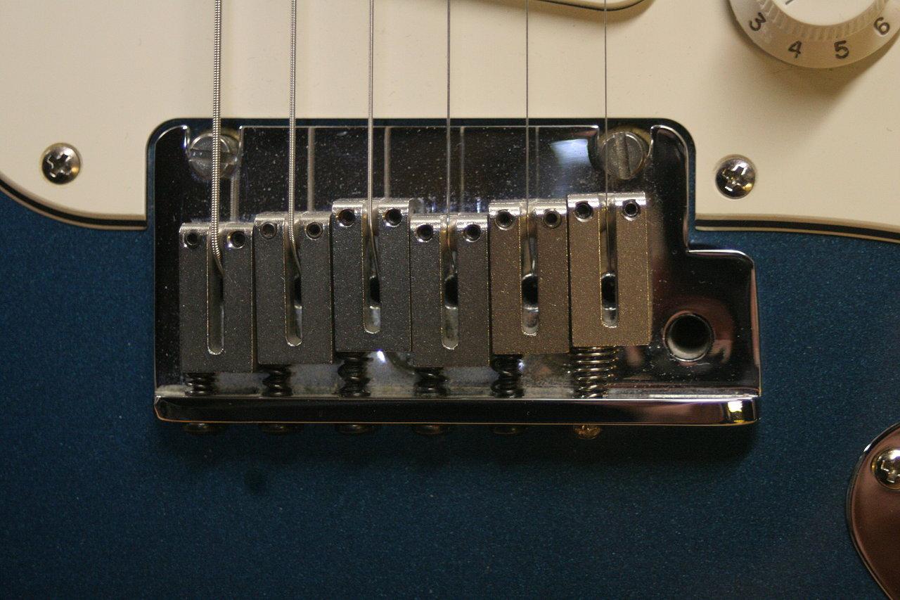 Fender+Strat+repair+11.JPG