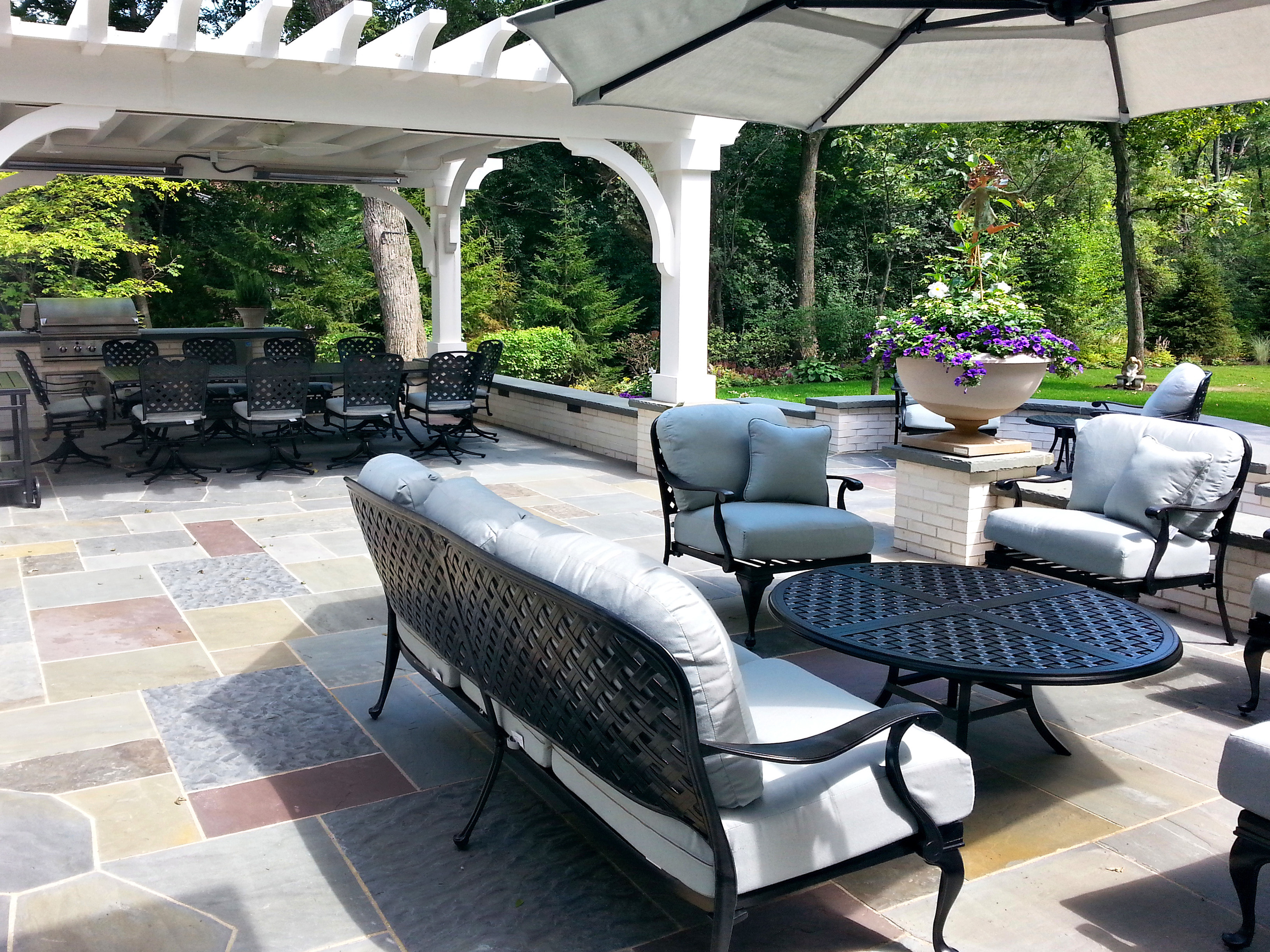 Lake Forest Patio Outdoor Kitchen
