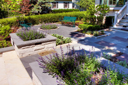 Glencoe Courtyard