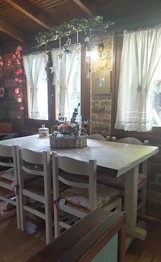 Ξύλινο Τραπέζι Μοναστηριακού Τύπου