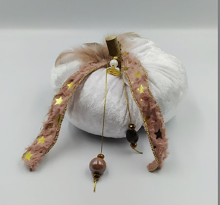 Κολοκύθα από βελούδο λευκή