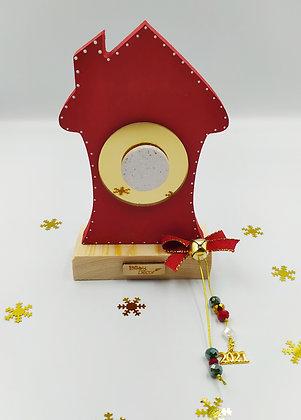 Ξύλινο σπίτι κόκκινο με χρυσό plexiglass