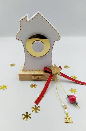 Ξύλινο σπίτι λευκό με χρυσό plexiglass