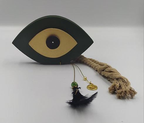 Μάτι στεκούμενο κυπαρισσί