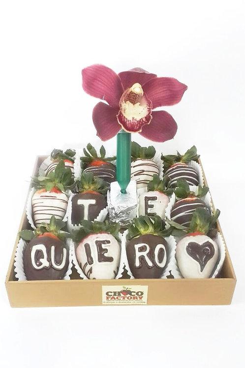 Bandeja Fresas c/choco mensaje y 1 orquídea