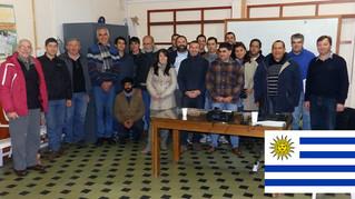 Taller con criadores de Reinas en Uruguay