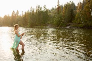 Fishing-Pregnancy-Photo.jpg