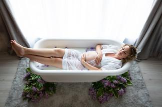 Maternity-Milk-Bath-Photo.jpg