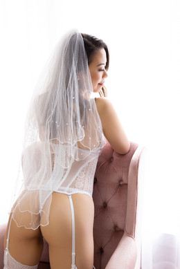 BridalBoudoir_014.jpg