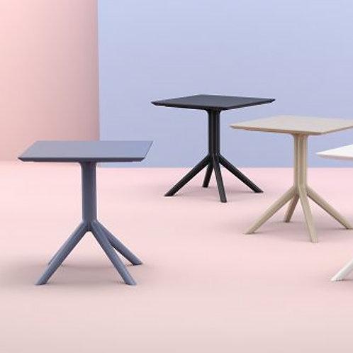 Cielo Table