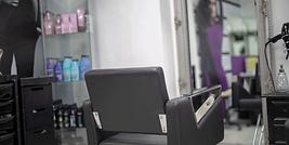 la-unique-hairdresser-chair-1024x683-102