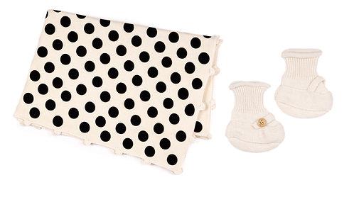 "CASHMERE BLANKET DOTS & SOCKS 2 pcs""white-hand crochet"""
