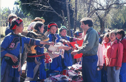 Elliott & Chinese villagers