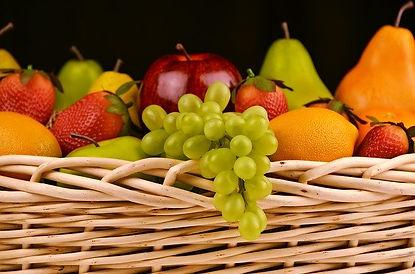 fruit-basket-1114060_640.jpg