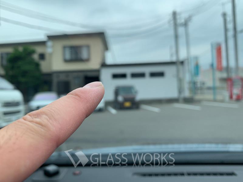 ガラスの飛び石ヒビ修理(ビーウイングブレイク)6