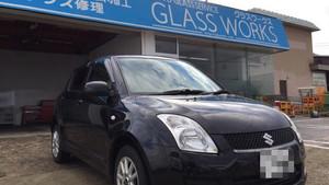 SUZUKIスイフト。グッドプライスフロントガラス交換のご依頼です。《湯沢市》