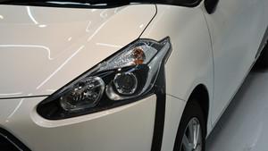 トヨタ シエンタ ライト研磨+Ochrona施工