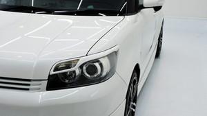 トヨタ カローラルミオン ライト研磨+Gloss Shield施工