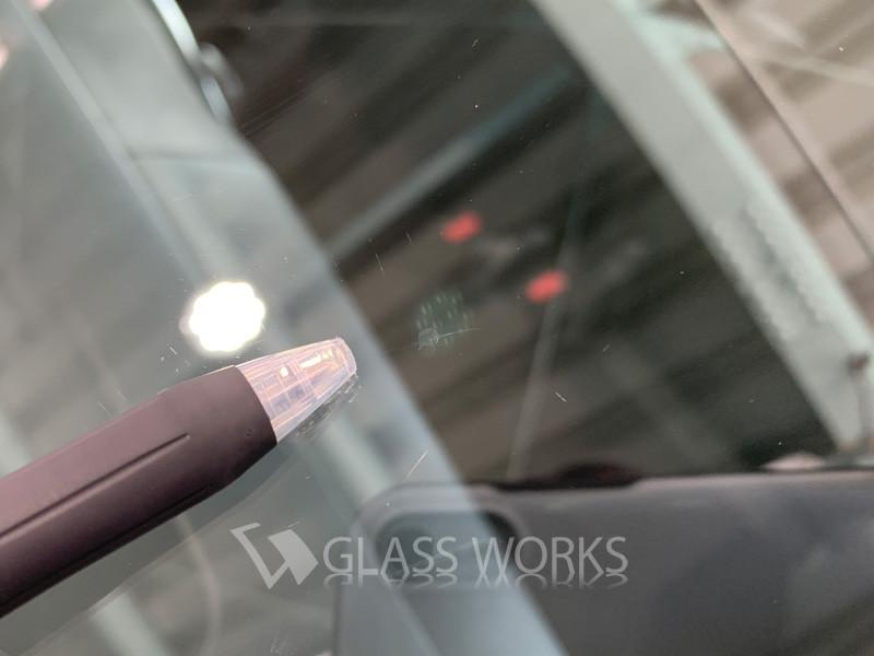 ワゴンRフロントガラス修理4