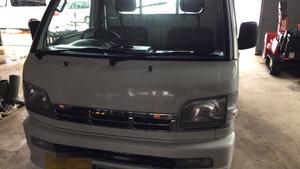 羽後町《出張》ハイゼットトラック、グッドプライスフロントガラス交換。S210P