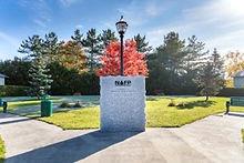 Monument Arthur Parent.jpg