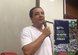 Dr. Carlos Loureiro