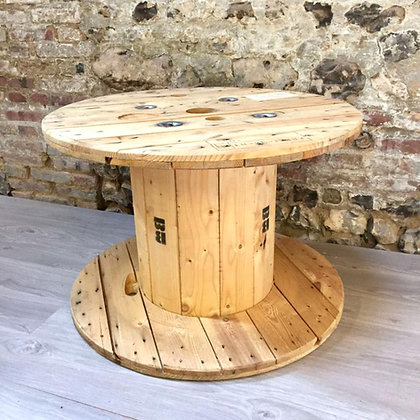 Location Table en bois touret
