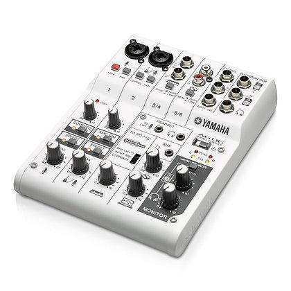 Location Console de mixage Yamaha AG06