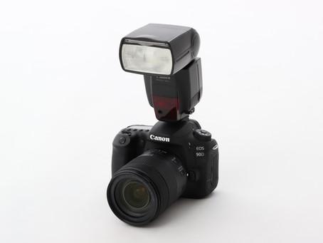 機動性、使いやすさに優れたカメラ外付けのストロボ『スピードライト』 選び方をわかりやすく解説します!