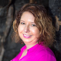 Kylie Hendy, founder of Mind Body Connections. Qualified Massage Therapist (Remedial Massage & Pregnancy Massage), Reiki Practitioner and Kinesiologist in Baulkham Hills