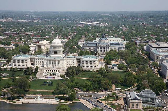 Recorrido del Capitolio, Corte Suprema y Biblioteca del Congreso.