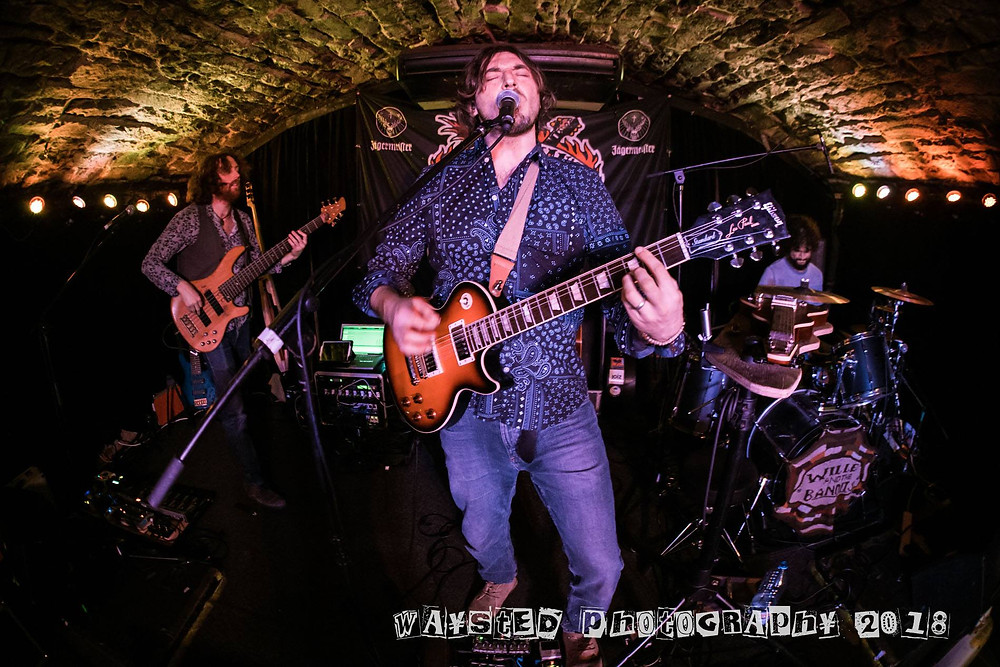 Wille and the Bandits At Bannerman's (Waysted Photography)