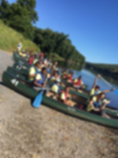 Canoe Ready Teambuilding 2017.JPG