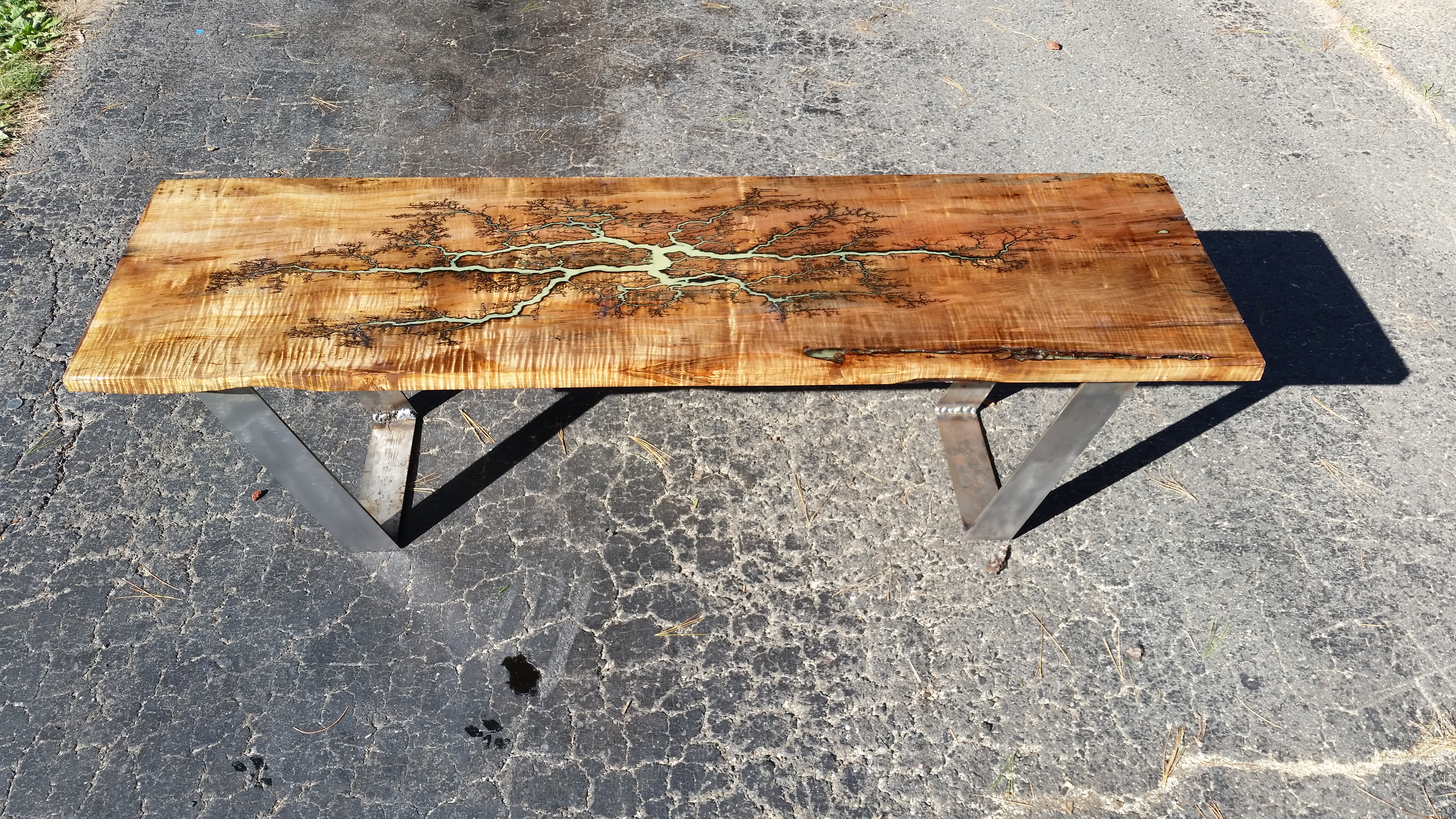 Bench in Ambrosia Maple and Steel