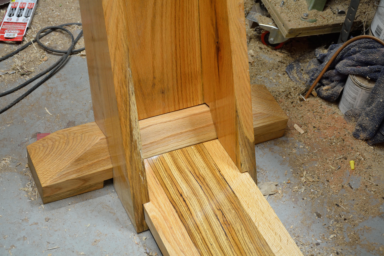 Dining Table Leg Detail