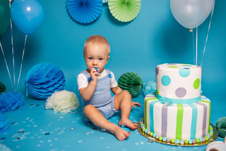 smash-cake-fotograf-śląsk-częstochowa-sesja-roczkowa-sesja-urodzinowa.JPG