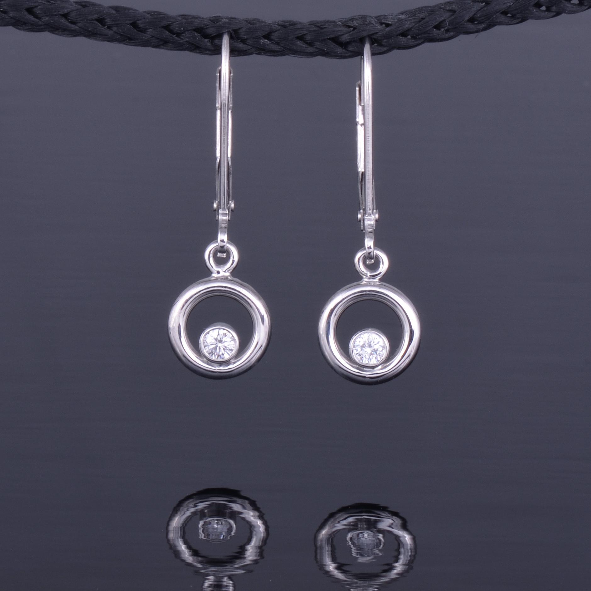 8mm phi earring