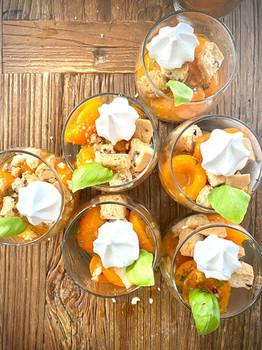 les Abricots au basilic.jpg