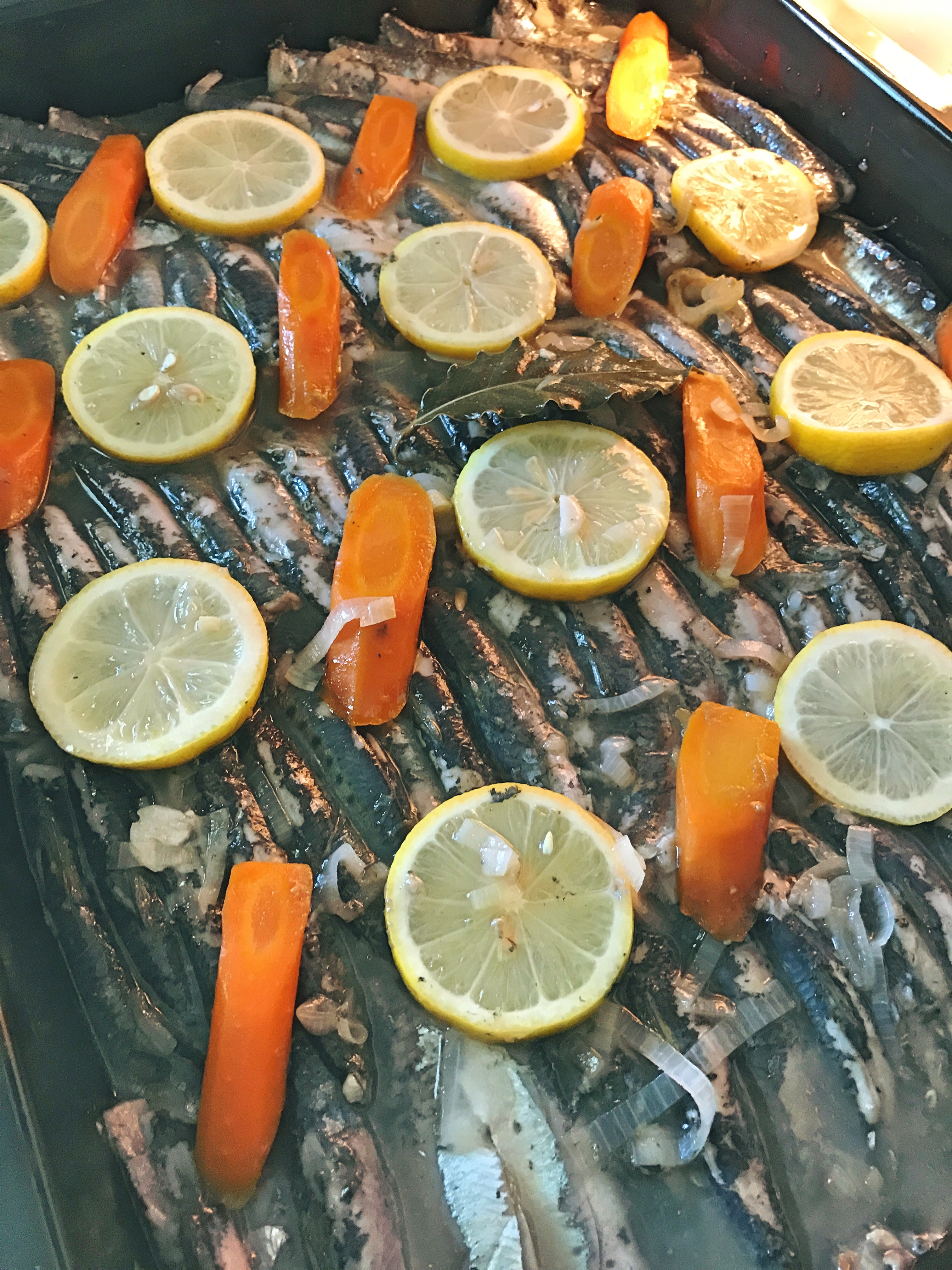 sardines à l'escabeche