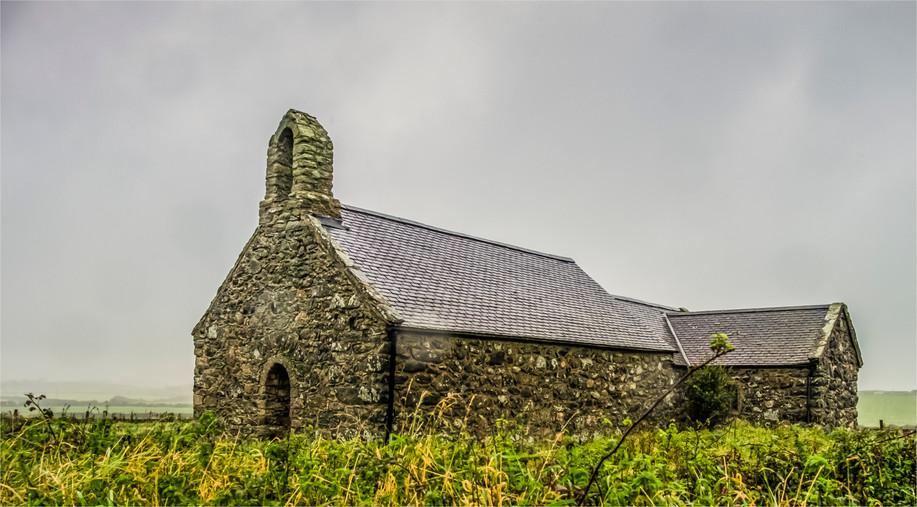 St Mary's, Tal-y-llyn, Angelesey