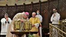 Celebración de la Misa Crismal y San Juan de Ávila: Vídeo y Galería de Fotos