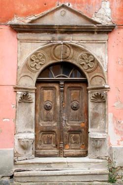 Cesky Krumlov, Doorway.