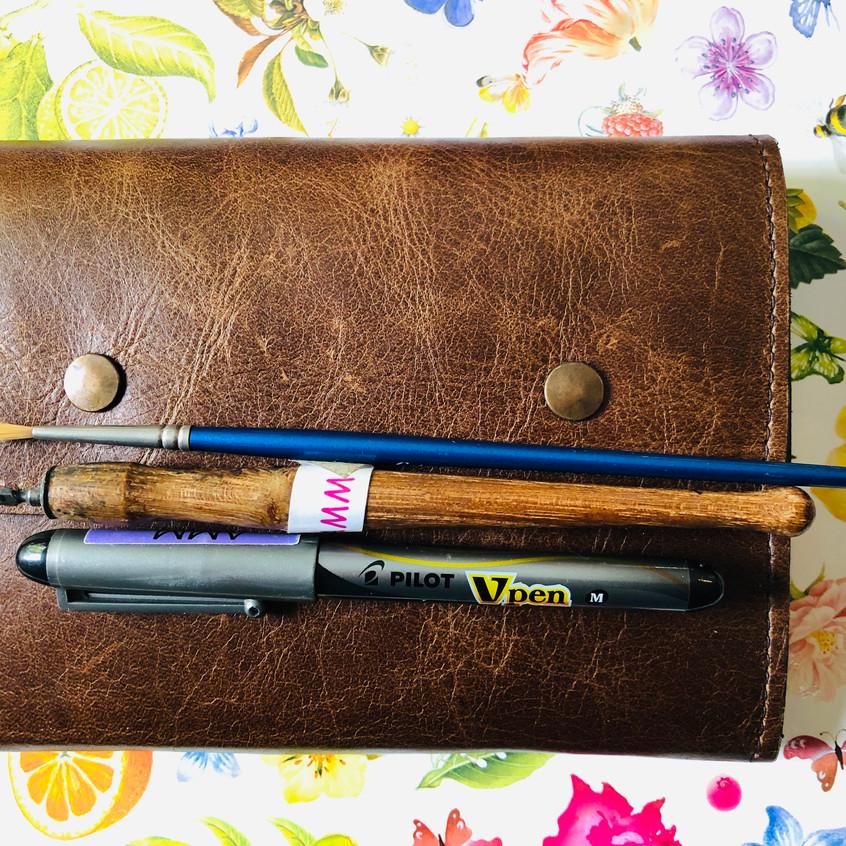 Fountain pen and dip