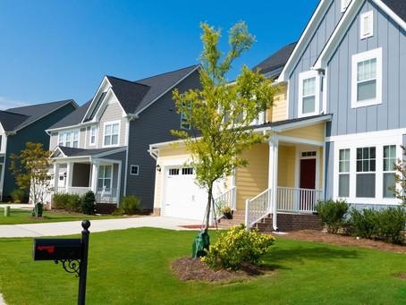 Homeowners Associations: Love 'em or Hate 'em?