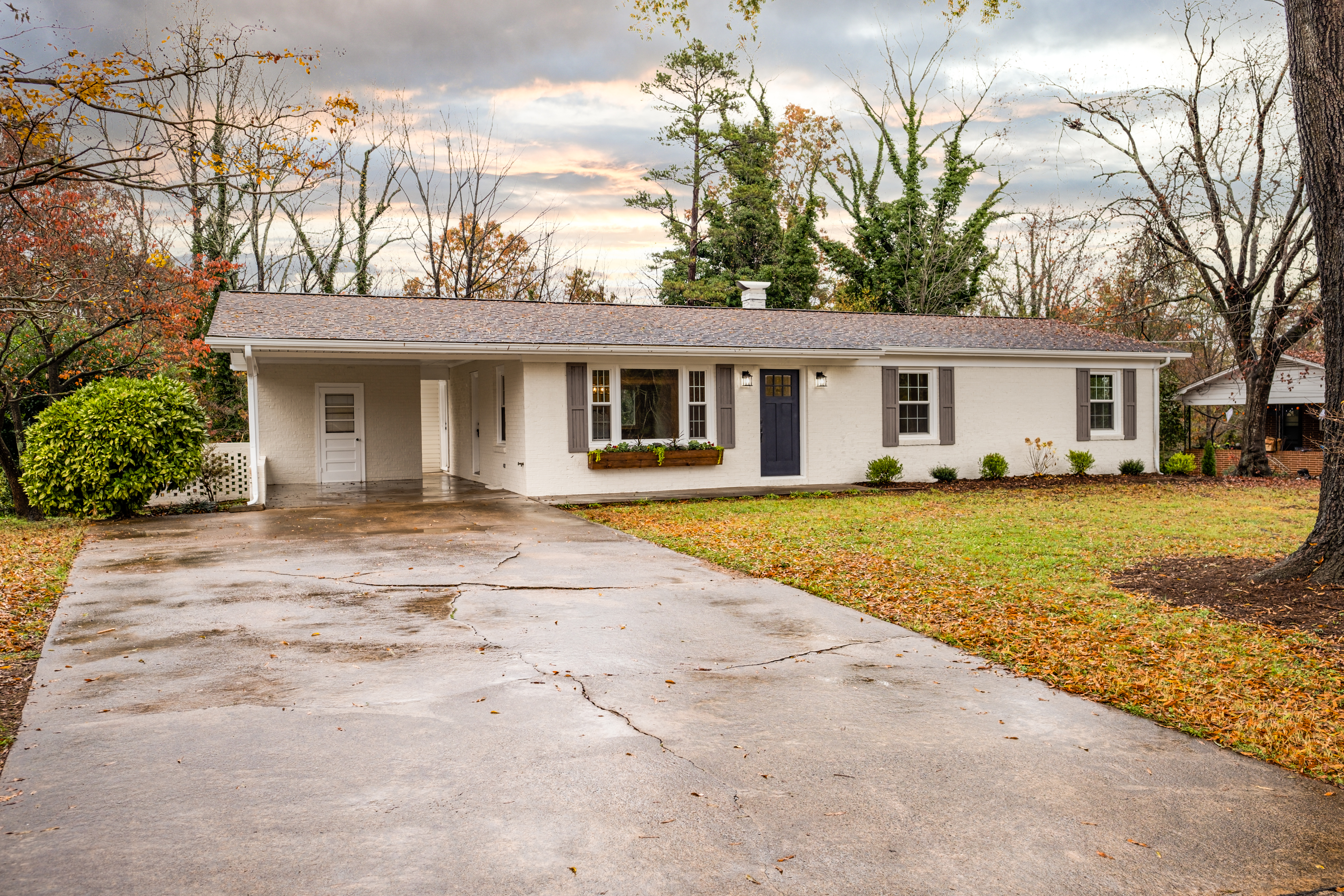 SOLD - 1054 17th Avenue, Hickory NC 28601