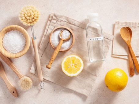 Facts and Fiction About Cleaning with Vinegar