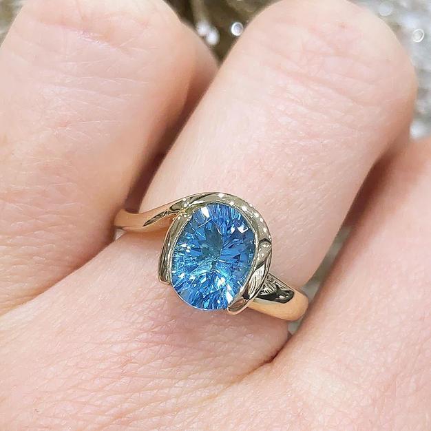 14kt Blue Topaz Ring