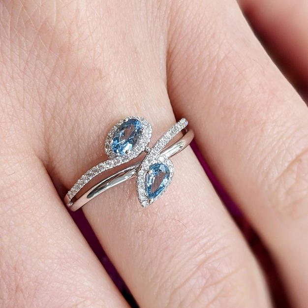 14kt Aquamarine and Diamond Ring