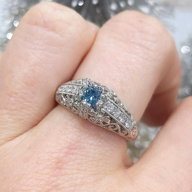 14kt Blue and White Diamond Ring